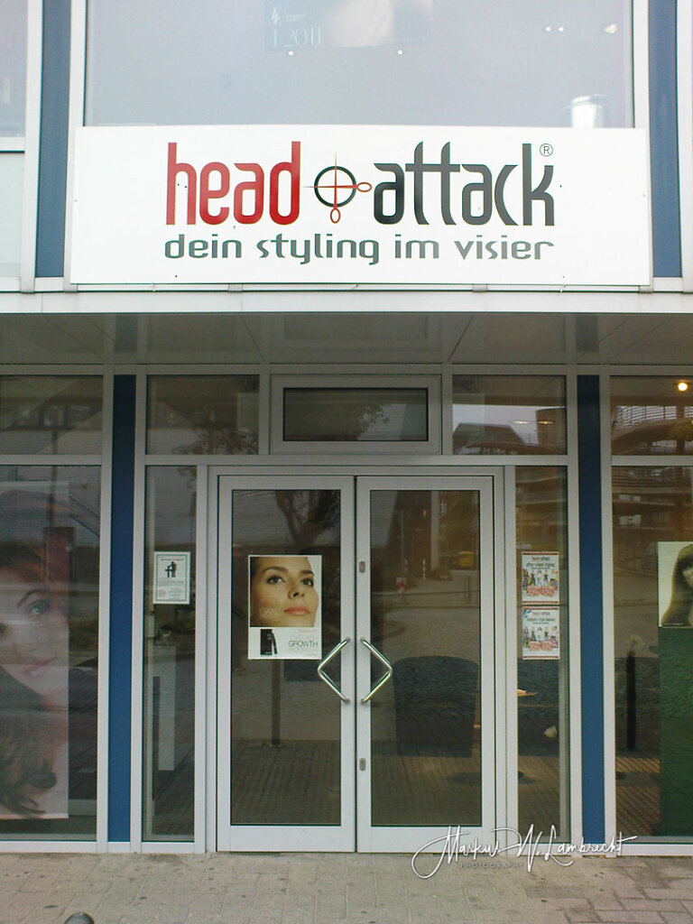 Cuxhaven, Head Attack